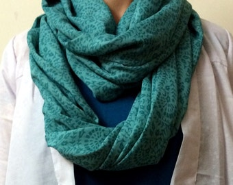 Infinity Scarf - Green
