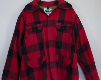 Vintage 1960's Heavy Duty Cotton Lined Buffalo Plaid Woolrich Hunting Jacket / Free Shipping