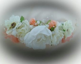 Touched white flowers and coral hair. Girlfriends. Headdress for bride. Bridesmaids. Valentine's Day gift. Bridesmaid. Godmother. Invited.