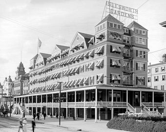 "1900-1910 Hotel Islesworth, Atlantic City Vintage Photograph 13"" x 19"" Reprint"