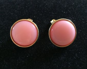 Gorgeous Vintage Signed Lisner Clip On Earrings