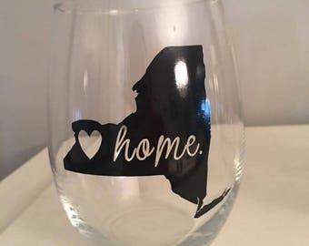 Home is Where the Heart is - Buffalo NY Wine Glass