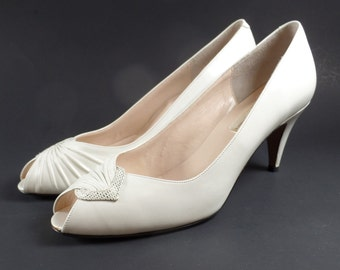 Vintage Sesto Meucci Cream Leather Shoes Size 8N Peep Toe Pumps Florence Italy