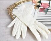 Beaded Wedding Gloves Mid Century Cream Color Stretch, Bridal Gloves Vintage Wedding Easter Gloves Evening Gloves, Prom Gloves, Costumers
