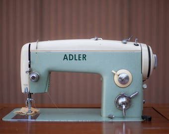 Sewing machine ADLER with his furniture storage and accessories - Couture - Adler - Made in Germany