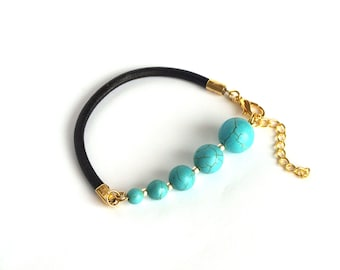Leather bracelet with howlite