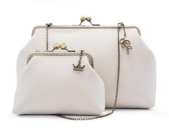 Vintage style leather handbag purse