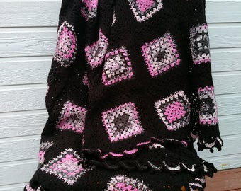 Crochet pink and black granny square afghan