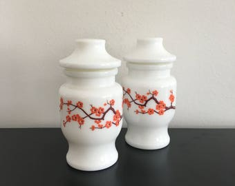 Vintage Milk Glass Bottles, Oriental Jars, Glassware, Retro Kitchen, Cherry Blossom, Retro Home Decor, Asian Style canisters,Tea Caddy White