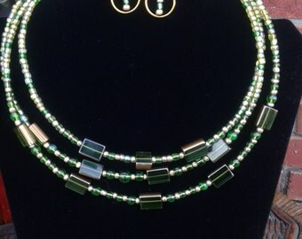 Emerald Green and Gold Glass Beaded Necklace and Earring Set