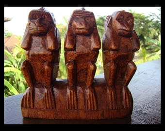 3 monkeys of wisdom carved the secret of happiness feng shui