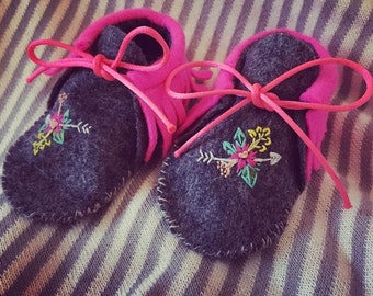 Floral Pink and Grey Mocassins