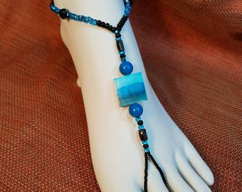Blue and black shell magnetic barefoot sandal. Pool Party, toe thong, Footless sandal, Slave Anklet, Belly Dancing, Handmade sold as a pair