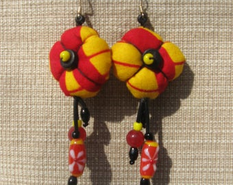 Tissues Wax and beads earrings