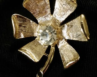 Signed Gerrys - Goldtone Flower Brooch with Large Rhinestone center