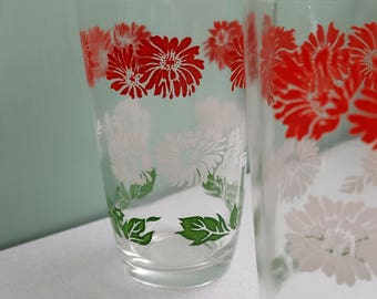 Set of Two Vintage Floral Pattern Swanky Swig Juice Glasses