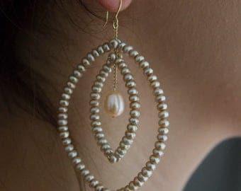 Champagne Pearl & 14k Gold Pod Earrings