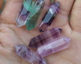 Natural fluorite furnishing articles, double-pointed color crystal column about 3 cm long
