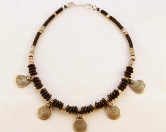 Silver and black disc bead necklace