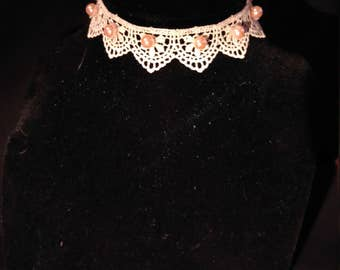 Lace choker with pink pearls