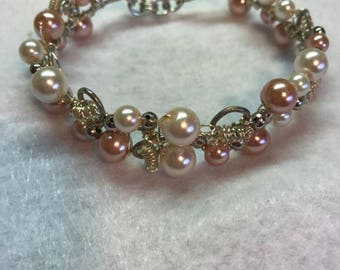 Peal and Pink Beaded Wire Bracelet