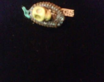 Yellow skull Hat Pin