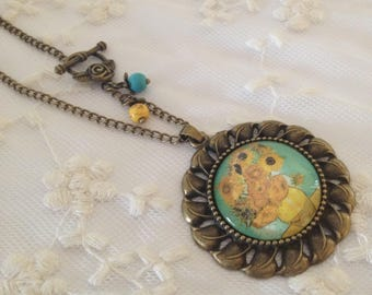 Necklace cameo sunflowers by Van Gogh.