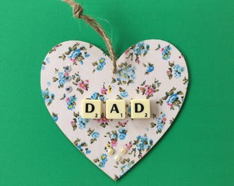 Father' day heart gift can be personalised