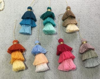 Luxe 3 tier cotton tassel with metalic gold thread neck / for keychain / bag decoration