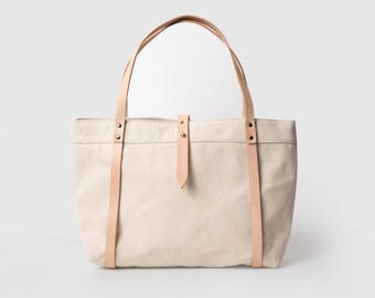 Handmade Tote Bag, Handbag, Canvas Bag, Shopping Bag with canvas and leather details, Vegetable Tanned Leather
