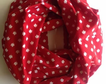 Canadian Maple Leaf Infinity Scarf