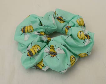 Mint scrunchie with bees
