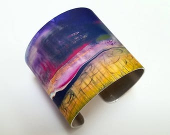 "2"" Aluminum Artisan Cuff Bracelet with Printed Abstract Art Design"