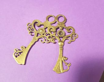 Large Bronze Fancy Key Pendant