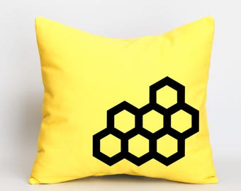 Honeycomb pillow cover ,Pillow case throw,Yellow canvas cushion cover, Nursery decor, baby shower gift,baby room decor pillow,sofa pillow