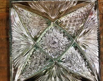 Yasemin Crystal Hand Cut Tile