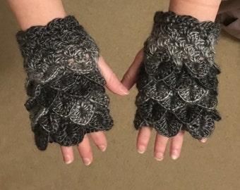 Short Dragon scale fingerless gloves