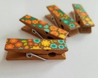 Magnets - Set of 4 - Happy Doodle Flowers Clothespin Clips - Hostess Gift - Ready To Ship