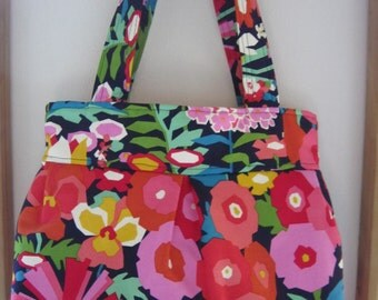 SALE Purse Pleated Handbag  Ipad Netbook Tote Funky Floral