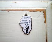 Vintage White Enamel State of Illinois Sterling Silver Souvenir Charm Gift - Retro Cloisonne Chicago Peoria Springfield Lady Justice Design