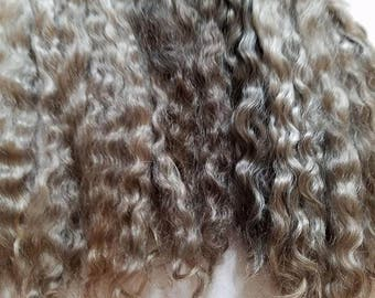 """F177 Lustrous Brushed Bundled Washed 8-9"""" Natural mohair Locks from Little Dipper (Orchid) 1 oz"""