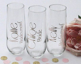 Personalized stemless champagne flute . Bridesmaid gift . Getting ready glasses . Champagne glasses . Wedding party gifts