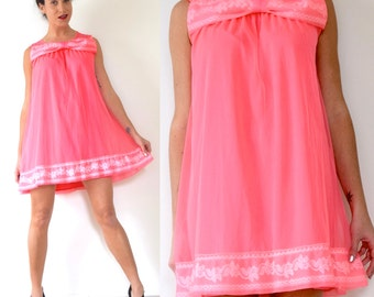 SUMMER SALE/ 30% off Vintage 50s 60s Flamingo Pink Trapeze Nightgown