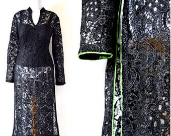 SPRING SALE / 30% off Vintage 80s 90s Black Lace Tunic with Green Piping (size medium)