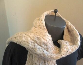 Cable knit cream Irish Scarf Vintage Chunky Scarf hand knit Irish aran pattern winter scarf fringe muffler