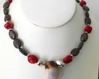 Brown and Red Beaded Necklace, Earthy Beaded Necklace, Fall Fashion beaded Necklace