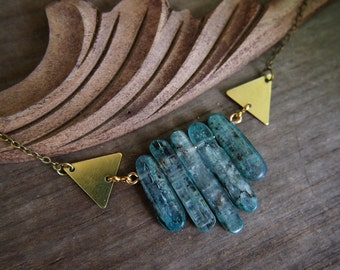Blue kyanite stone collar // lovely tinted stone // adjustable size // dramatic style with brass detail // N162