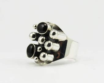 Stunning ring with natural black Obsidian stone ring set on sterling silver 925e black obsidian jewelry for him for her quality jewelry