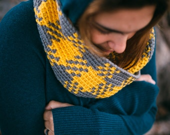 Instant Download, Plaid Crochet Cowl or Scarf Pattern