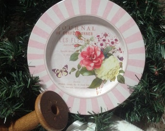 Pink and white floral French plate